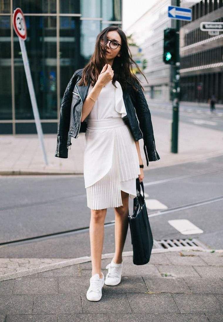 Streetstyle vrouw lente 2018 de mooiste kleur ter wereld is degene die bij je past Decoratie Ontwerp Alles Nadat je interesse hebt gehad in de man op straat  is het tijd...