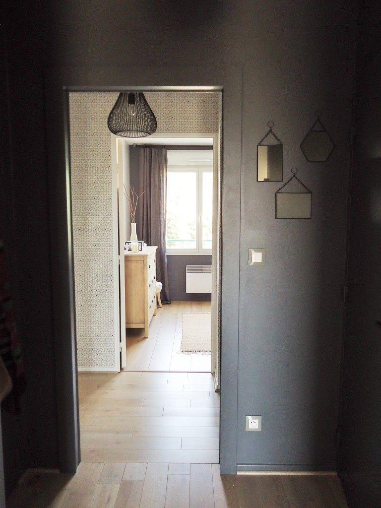 entr e peinture gris fonc e contraste hall dark grey paint contrast. Black Bedroom Furniture Sets. Home Design Ideas