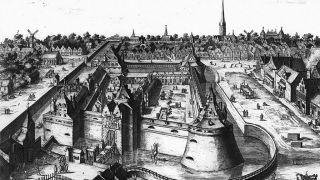 Resten van de oude poort  kasteel vredenburg gevonden