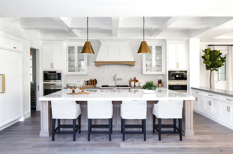 Best Stunning Modern Coastal Home With Inspiring Details In 400 x 300
