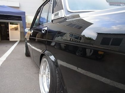 レストアフォーカスレーシング ダットサン ブルーバード510に装着 アルミホイール修理 補修 塗装 アルミホイールリペアーサービス Do Blog ドゥブログ ダットサン ダットサン 510 ブルーバード
