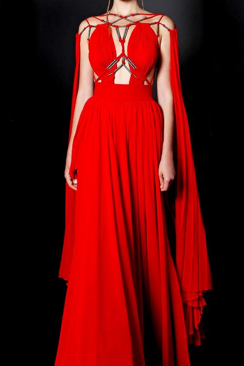 basil soda, Couture, and fashion Bild