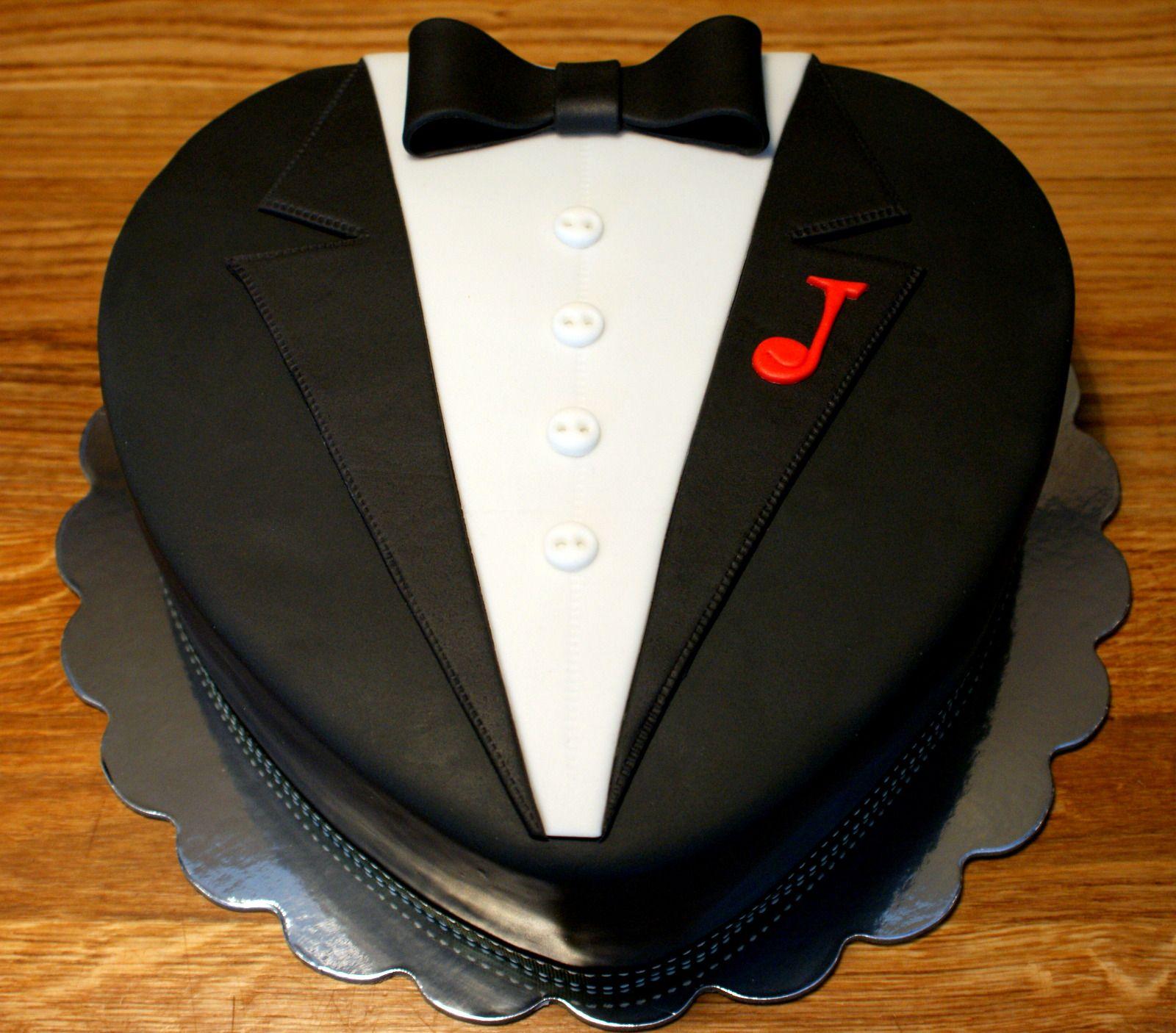 Tuxedo cake My Cakes Pinterest Tuxedo cake Cake and Birthday