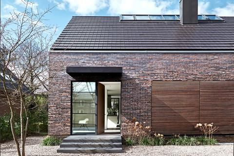 Saddle-roofed house with loft feeling: Plan material ...