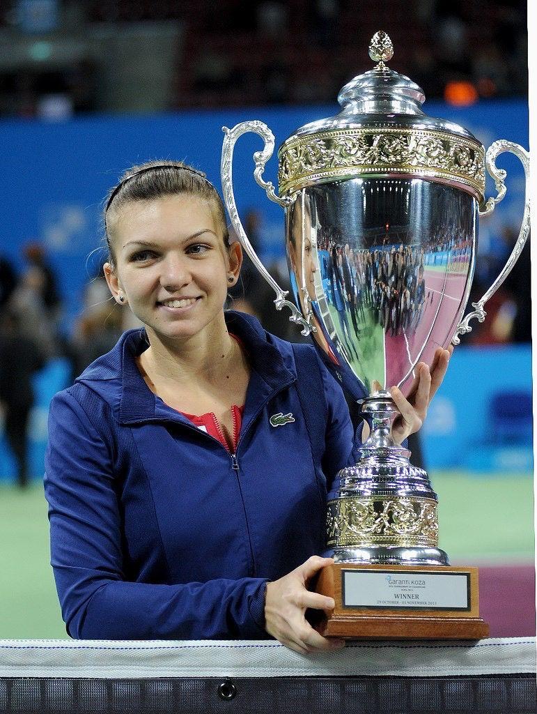 Simona S A Winner Simona Halep Tennis Trophy Sports Stars