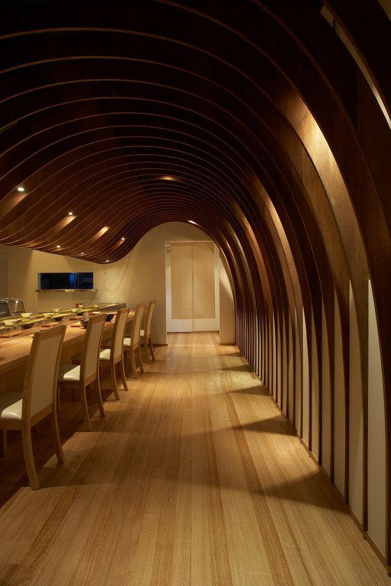 Cave restaurant sushi train raumgestaltung thema shop for Raumgestaltung architektur