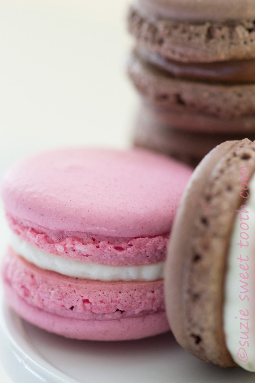 strawberry chocolate and neapolitan macs