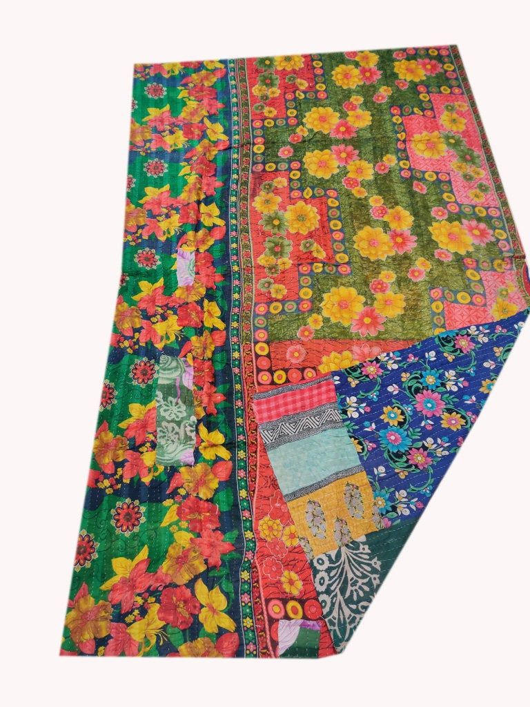 Reversible Kantha Quilt Floral Design Kantha Blanket Colorful Handmade Sari Kantha Throw Bohemian Twin Size Kantha Bedspread