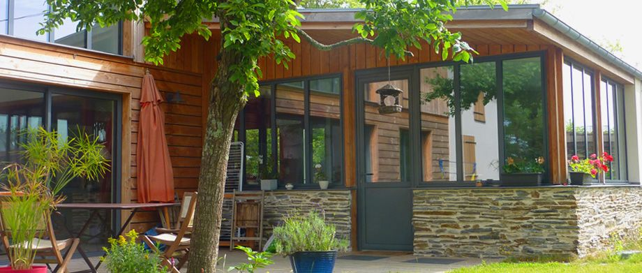 Passif habitat bois construction de maisons passive et bioclimatique 49 construire passif for Construction bois 49
