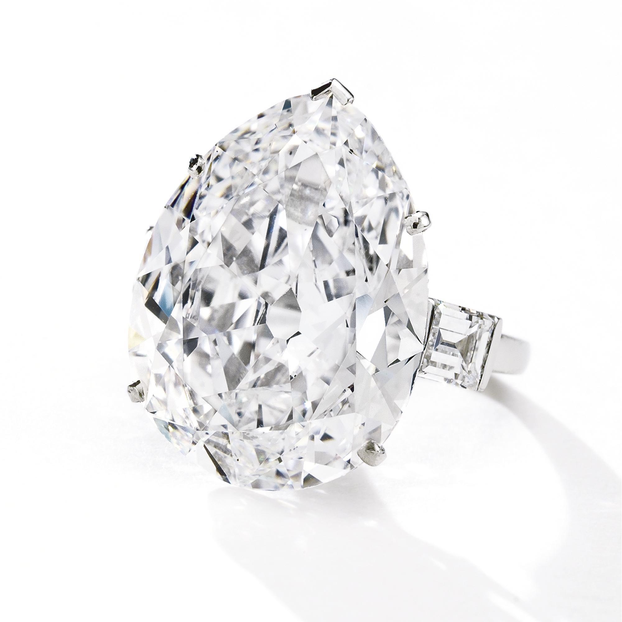 Diamond ring Mounted by Boucheron Paris The pear shaped diamond