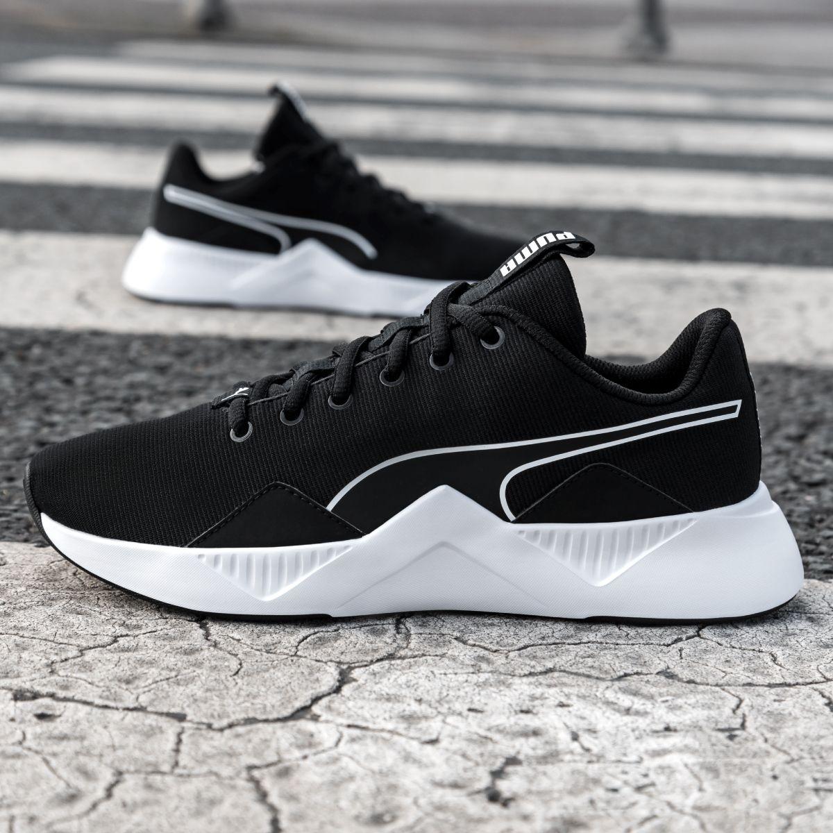 Sneaker by Deichmann   Sneakers mode, Sneaker, Sportschuhe