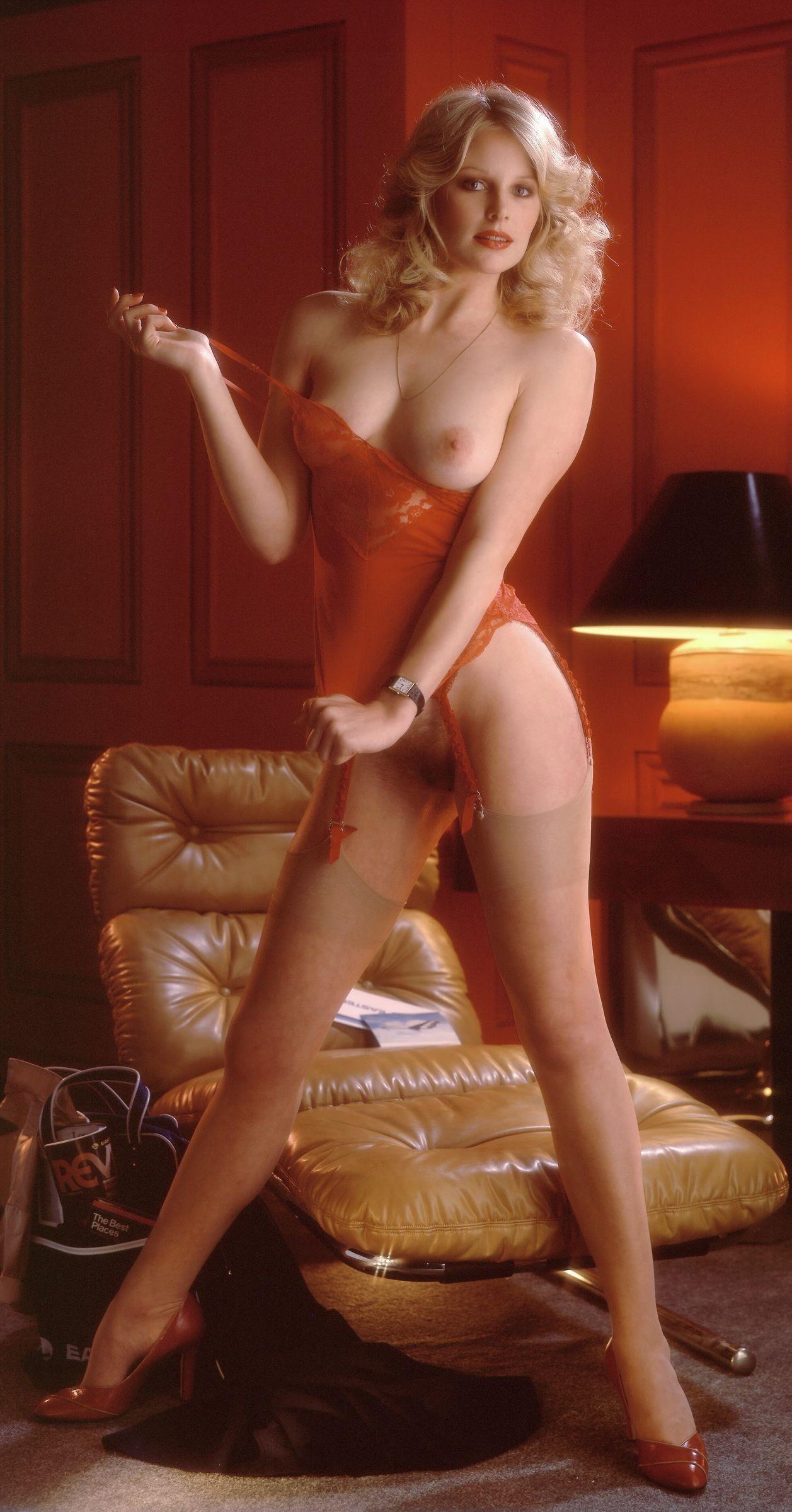 Elizabeth ray nude
