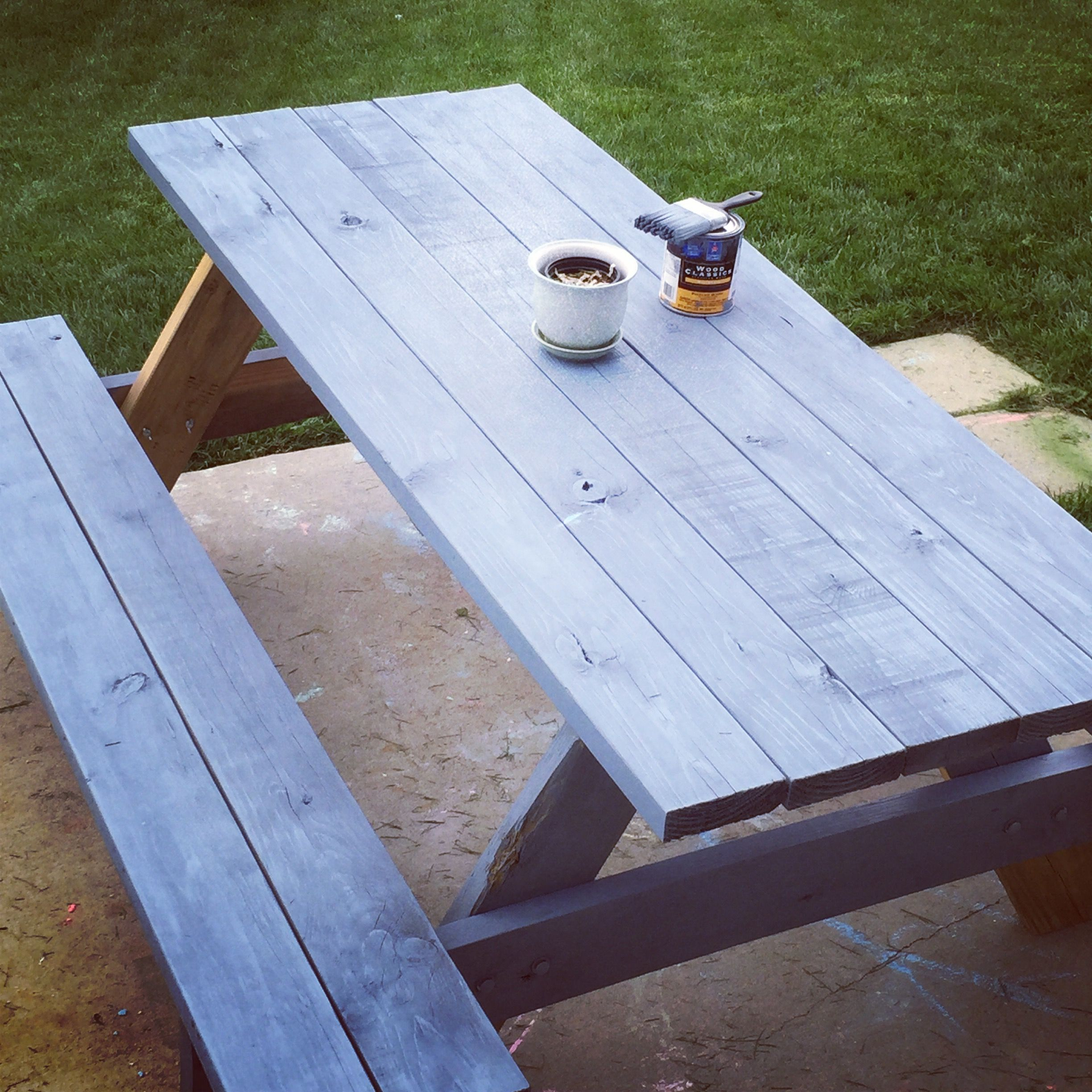 Color Stained Picnic Bench For Backyard Seating Sherwin Williams