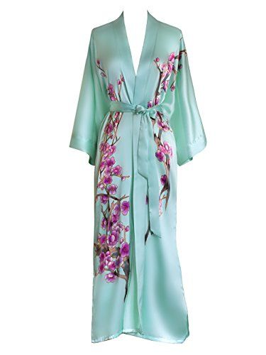 cdf289d73038a Pin by Amanda Lopata on Things I Want in 2019 | Silk kimono robe ...