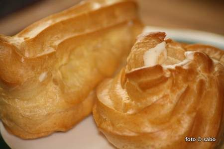 Windbeutel / cream puffs
