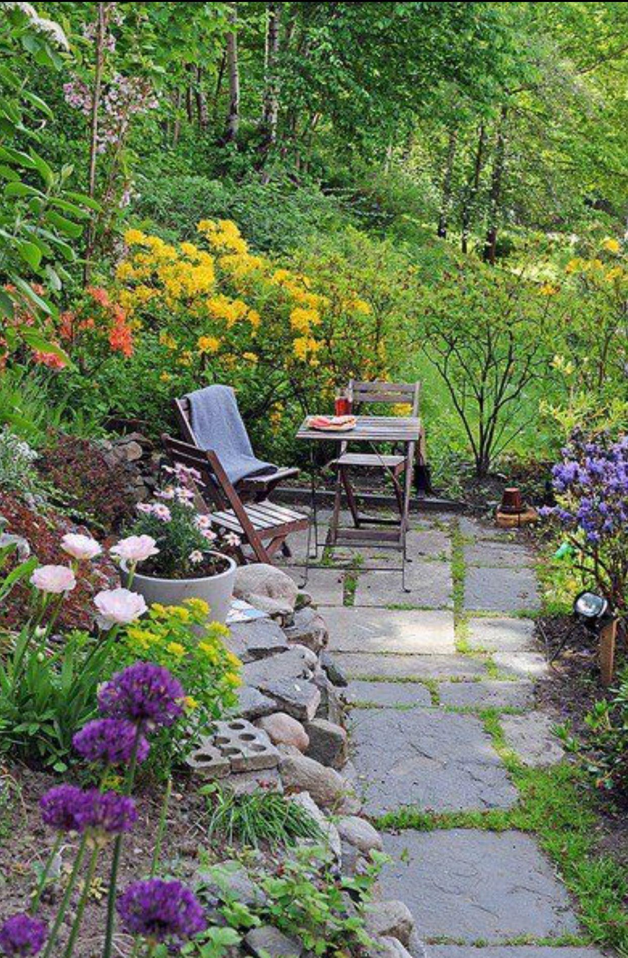 Pretty Flower Garden Sitting Area Gardening Outdoor Spaces