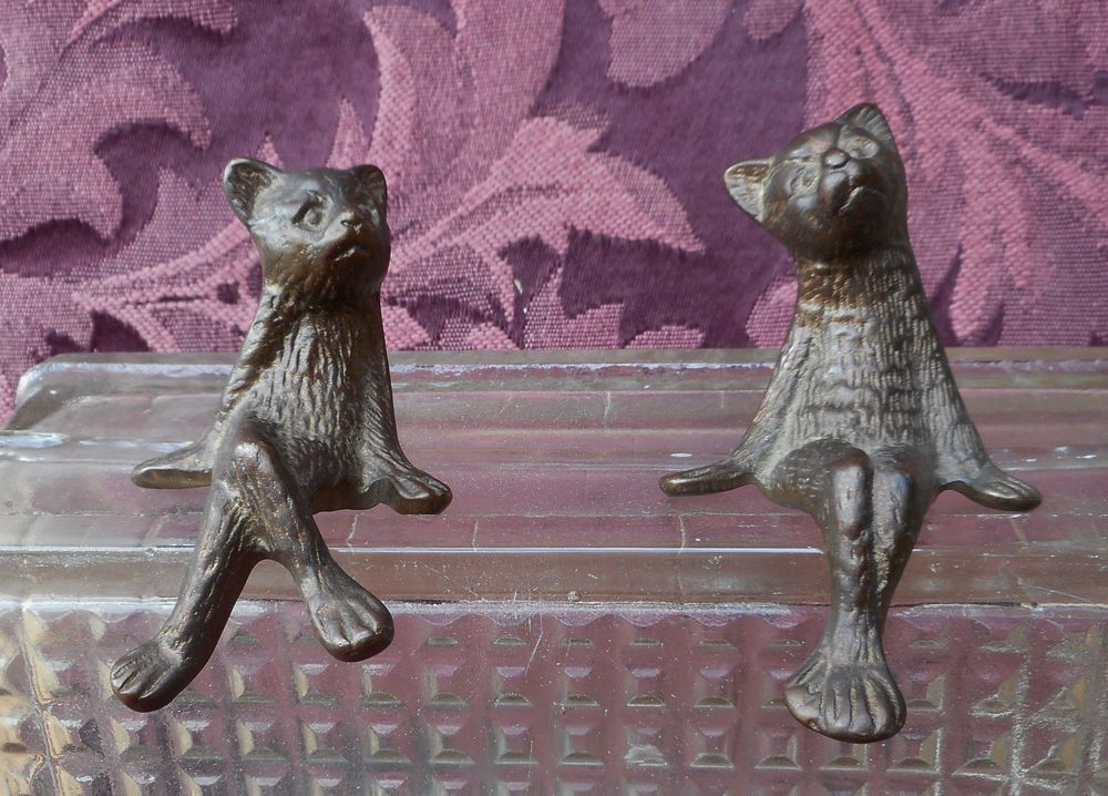 PAIR OF SWEET WHIMSICAL  BROWN METAL CATS, MADE TO PERCH ON A LEDGE