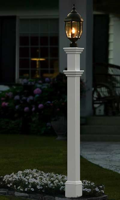 New England Portsmouth Lamp Post White Outdoor Post Lights