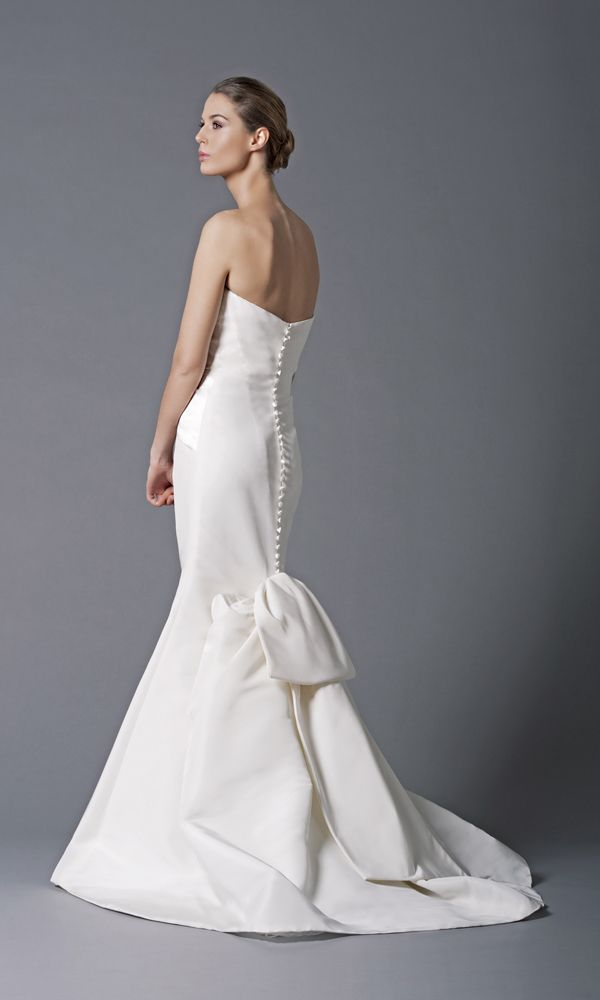 Peter Langner Winnie Decolte Discount Designer Wedding Dress ...