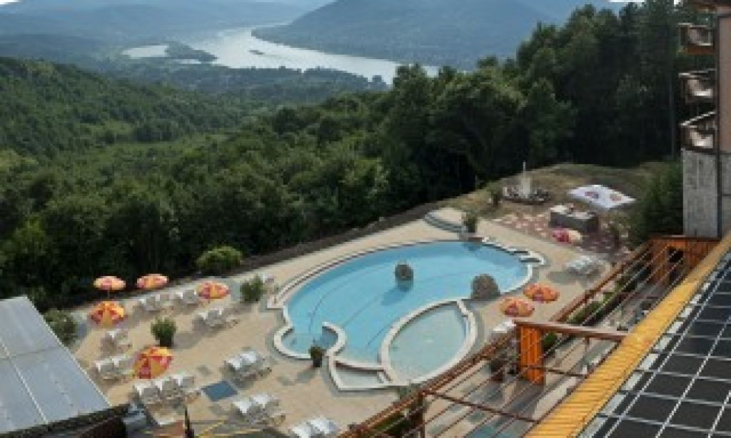 Backyard Vacation has all inclusive turnkey prices and you ...