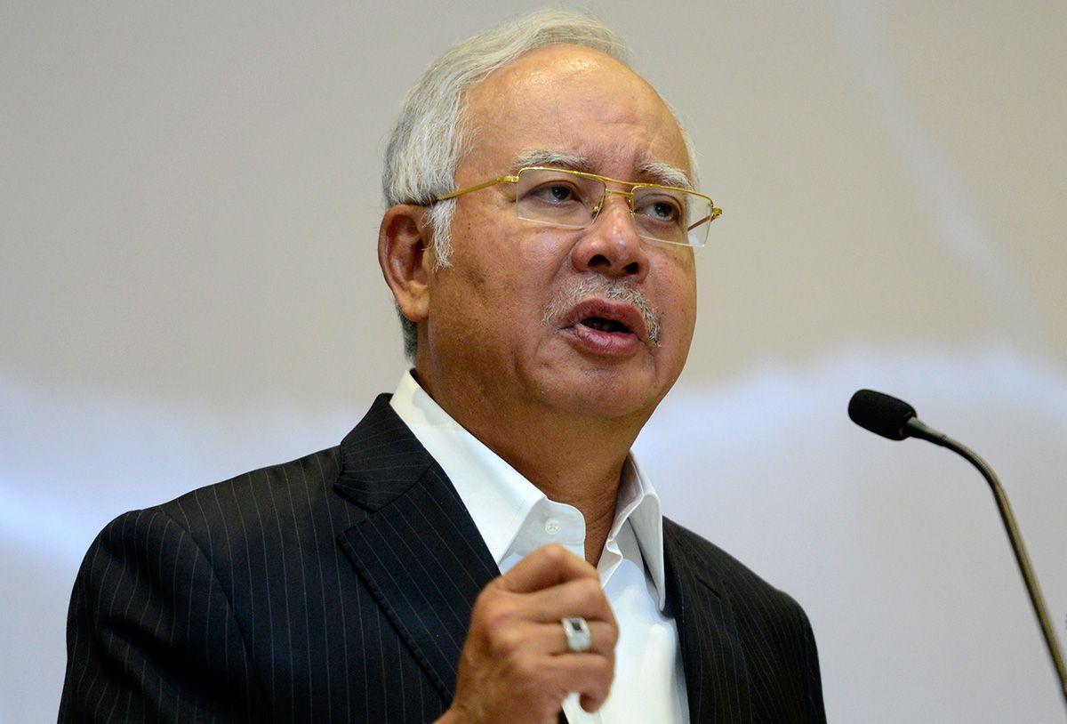 1MDB pernah dibincangkan Kabinet atau tidak, Najib tidak mentadbir negara seorang diri, soal speaker Sabah - http://malaysianreview.com/122114/1mdb-pernah-dibincangkan-kabinet-atau-tidak-najib-tidak-mentadbir-negara-seorang-diri-soal-speaker-sabah/