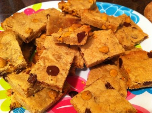 Chocolate chip butterscotch blondie