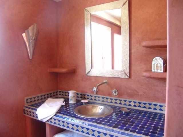 Afficher l\'image d\'origine | salle de bains mauresque | Pinterest ...