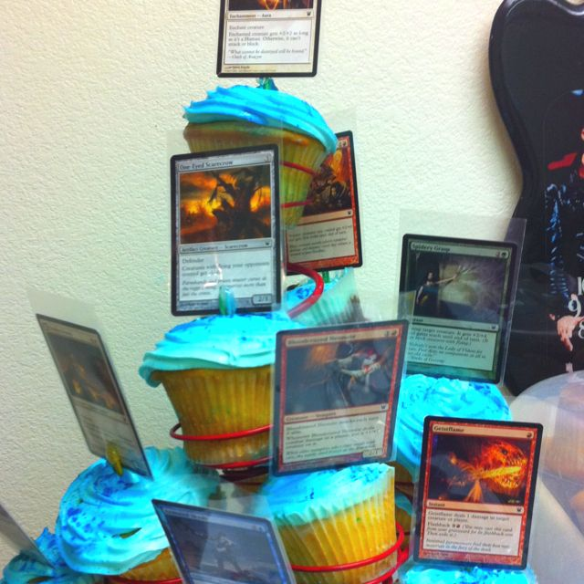 Magic The Gathering Cup Cakes For The Nerd You Love