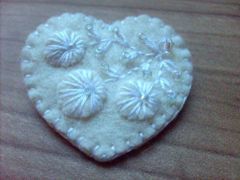 White wedding - felt brooch. $12.00, via Etsy.