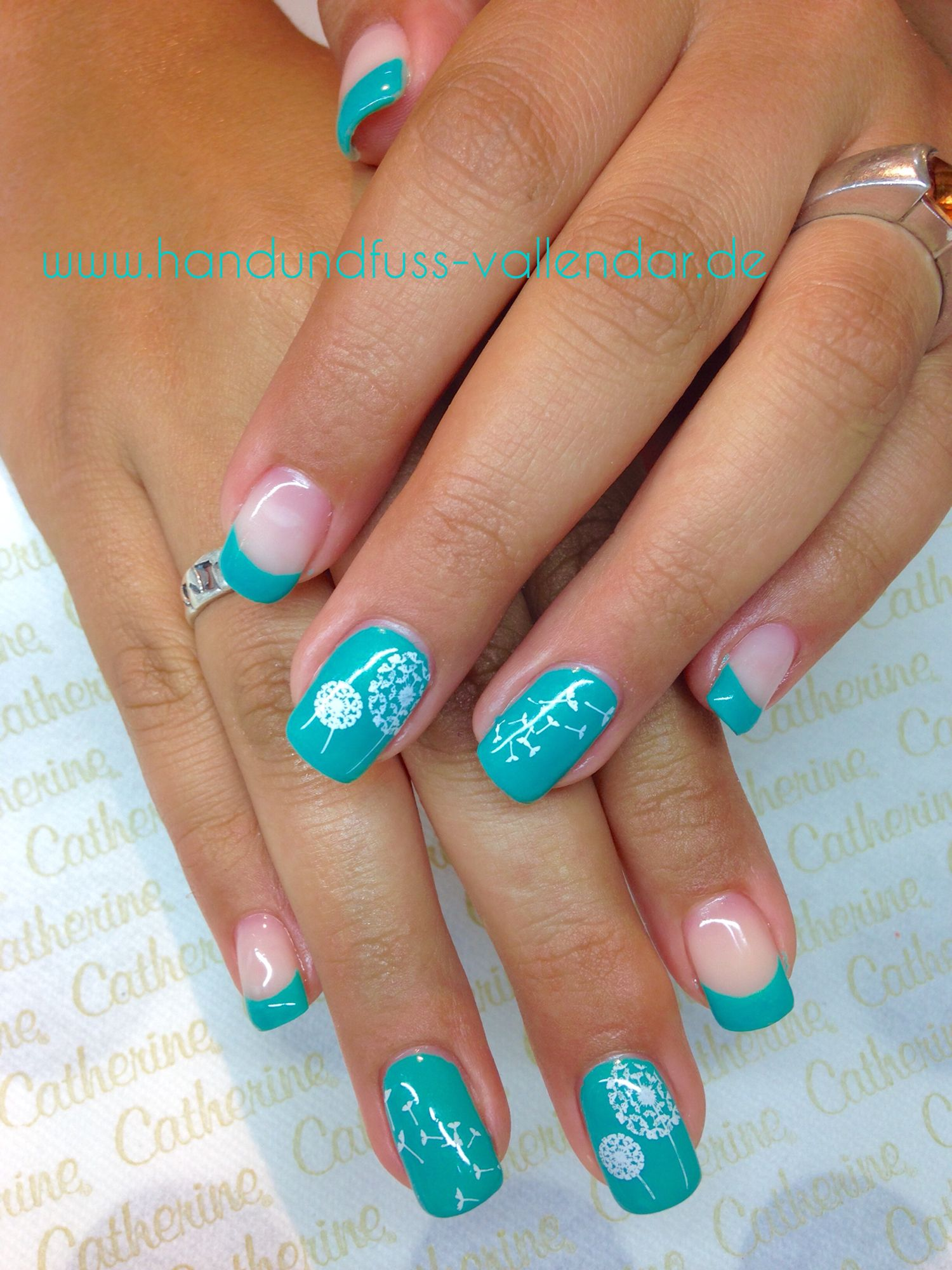blue #catherine #shellac #cnd #gel #dandilon #design #nailart #hand ...