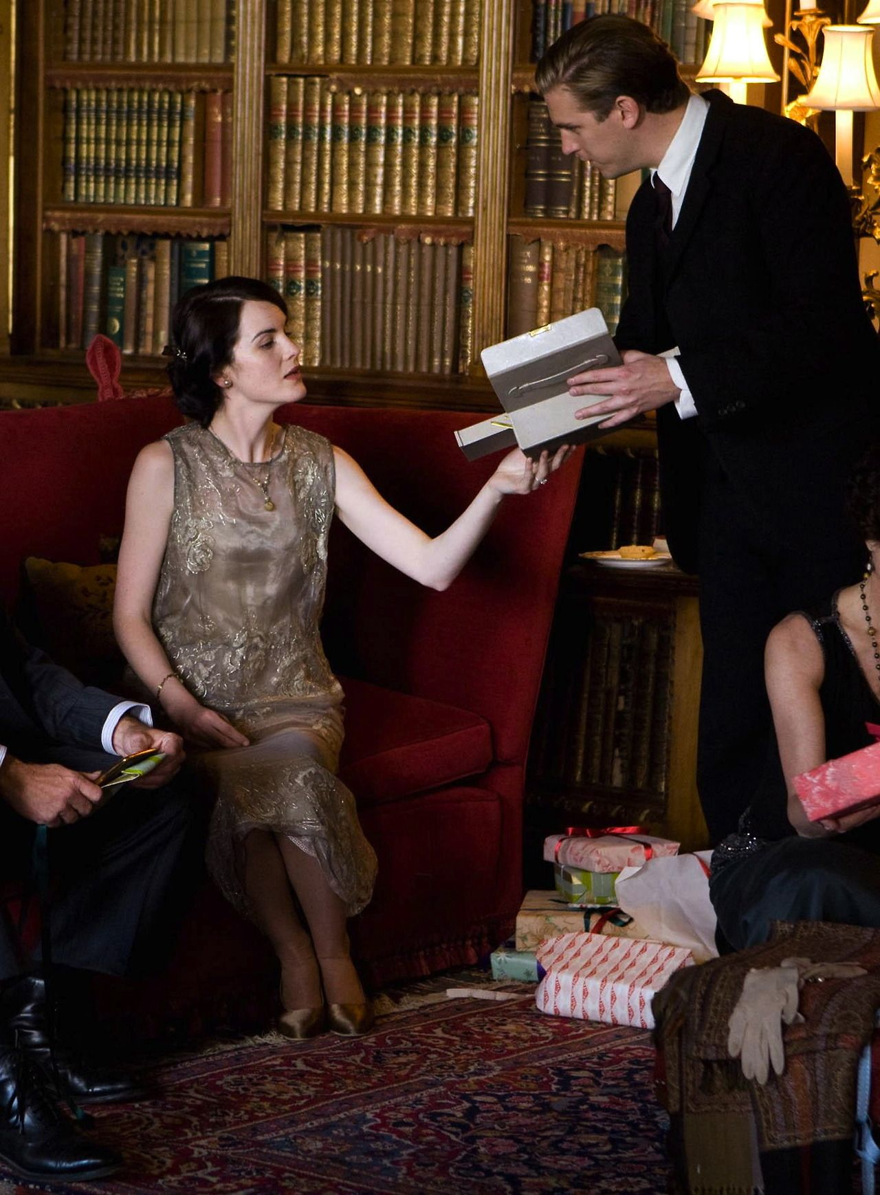 Michelle Dockery as Lady Mary Crawley and Dan Stevens as Matthew Crawley in Downton Abbey: Christmas Special (2011).