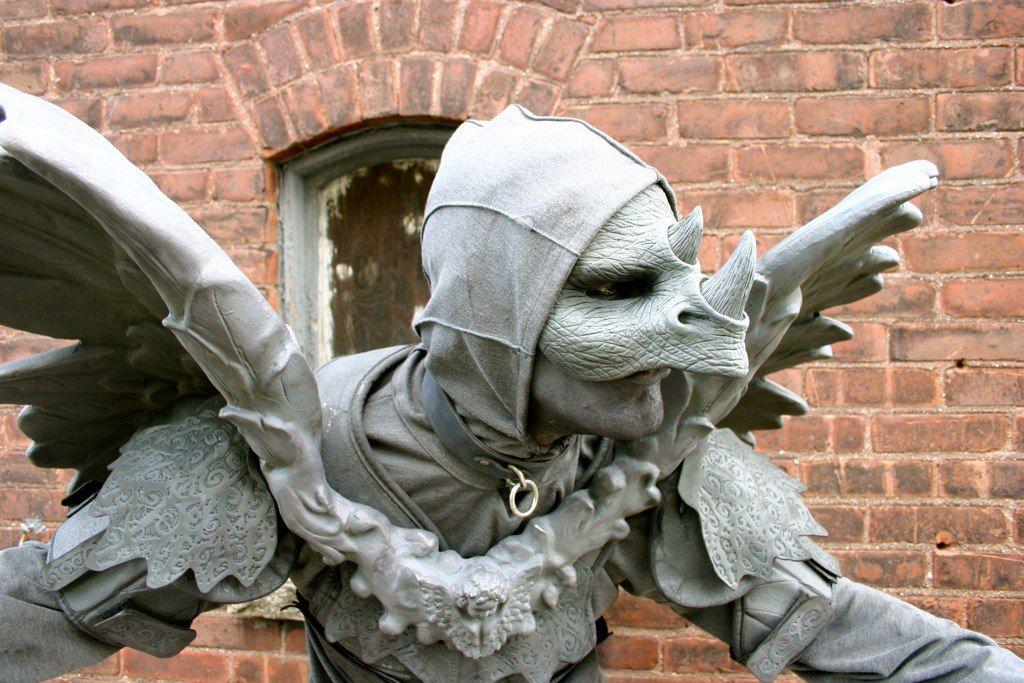 Living Statues: Gargoyles