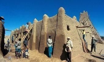 Reconstruction of Timbuktu mausoleums nears completion