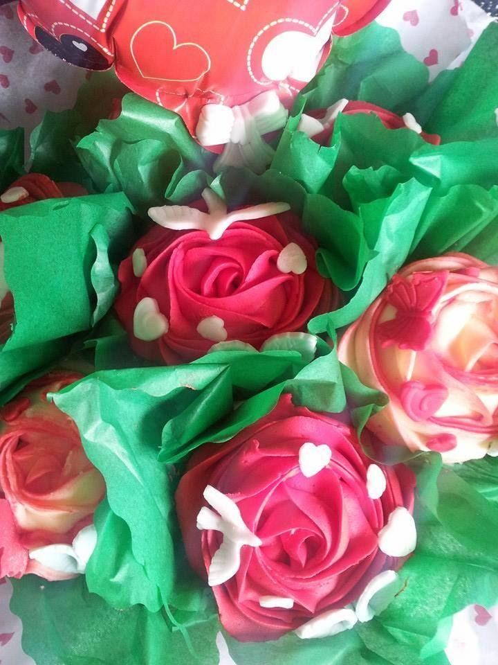 Valentine rose cupcake bouquet x