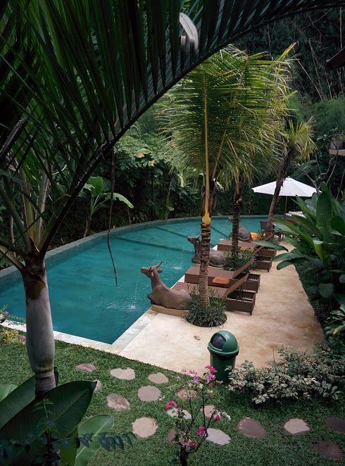 La piscina del hotel en Ubud