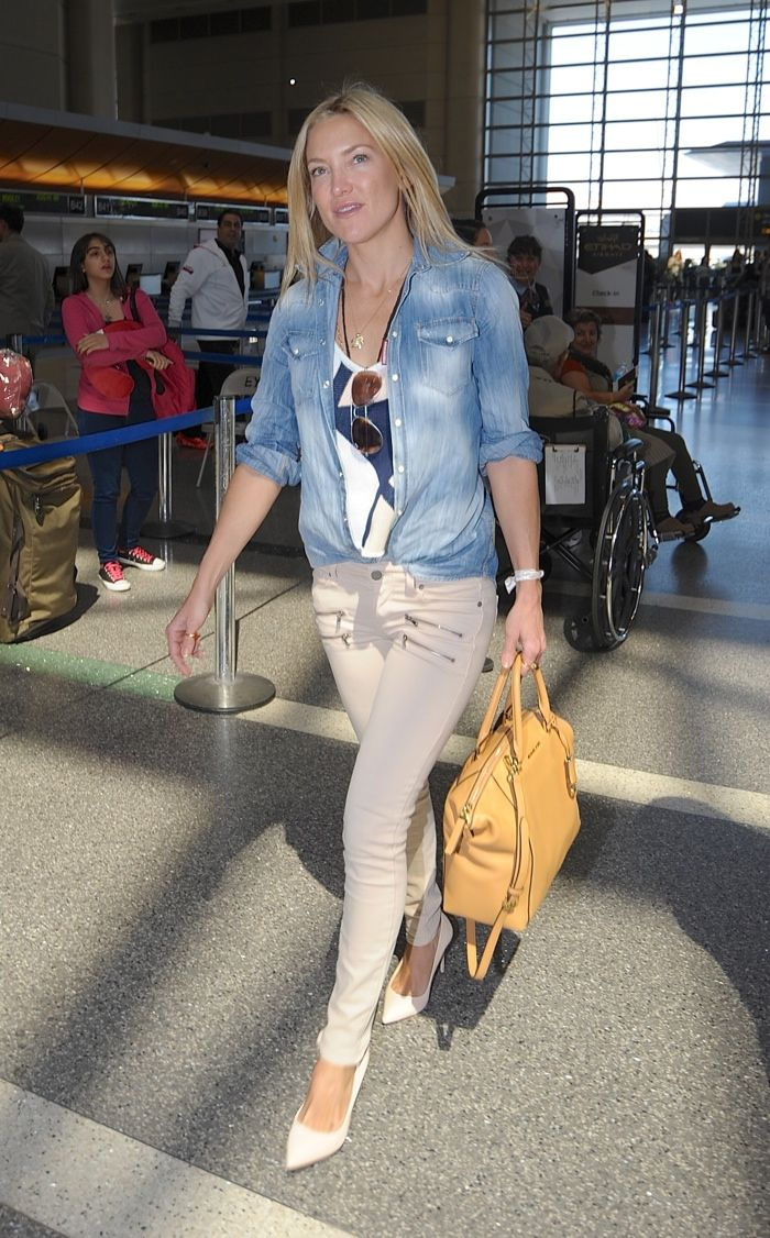 f9a12028cc Kate Hudson spotted in another denim look with her MICHAEL Michael Kors   Riley  Satchel Bag. Photo  Vladimir Labissiere   Splash News