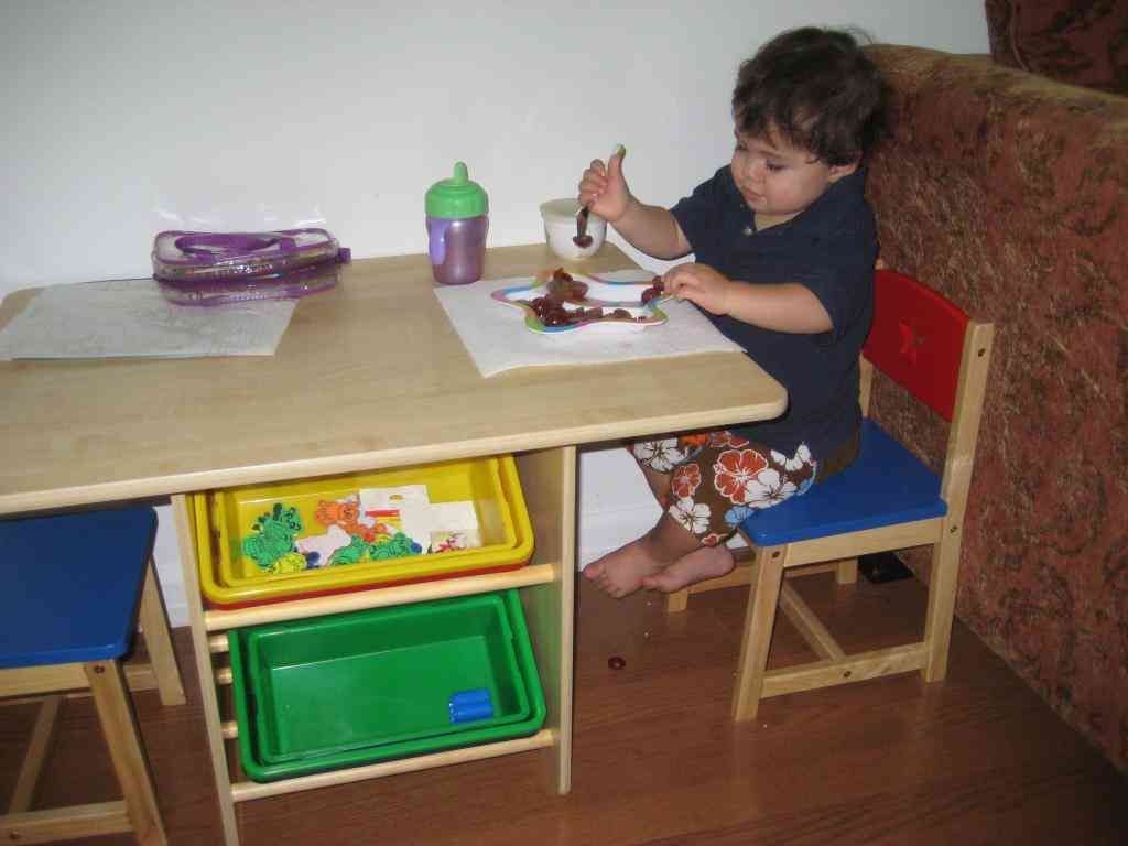 Kidkraft Heart Table And Chair Set Kidkraft Heart Table And Chair Set Chair Sets Pinterest