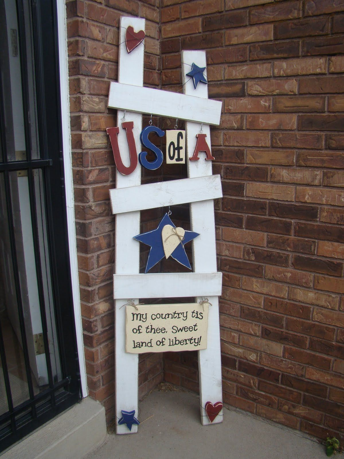 Seasonal Ladder I Ve Wanted One Of These For Years Where Do You Get Them July Crafts