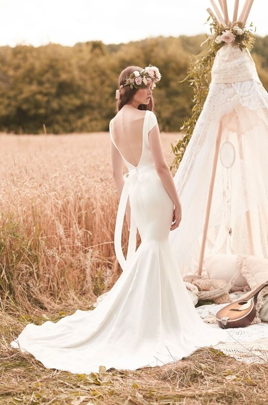 2061 | Mikaella Bridal || $1815 || NOW IN STORE! | Wedding dresses ...