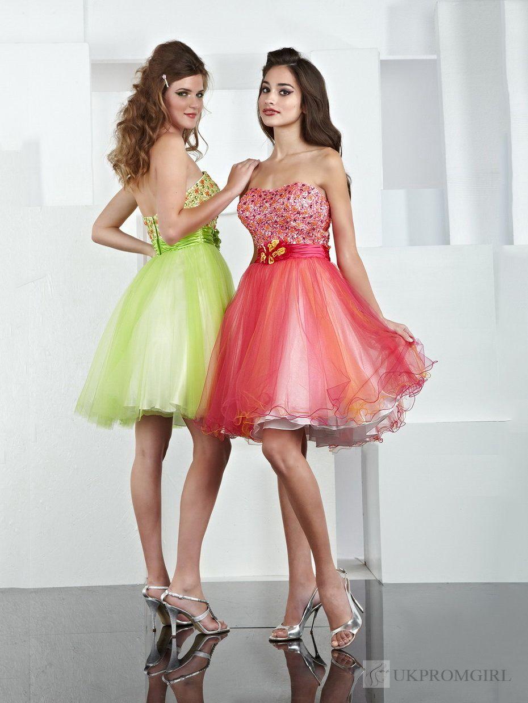 Green short dress for wedding  Green Prom Dress  ERMAHGERD PROM  Pinterest  Prom Clothing and