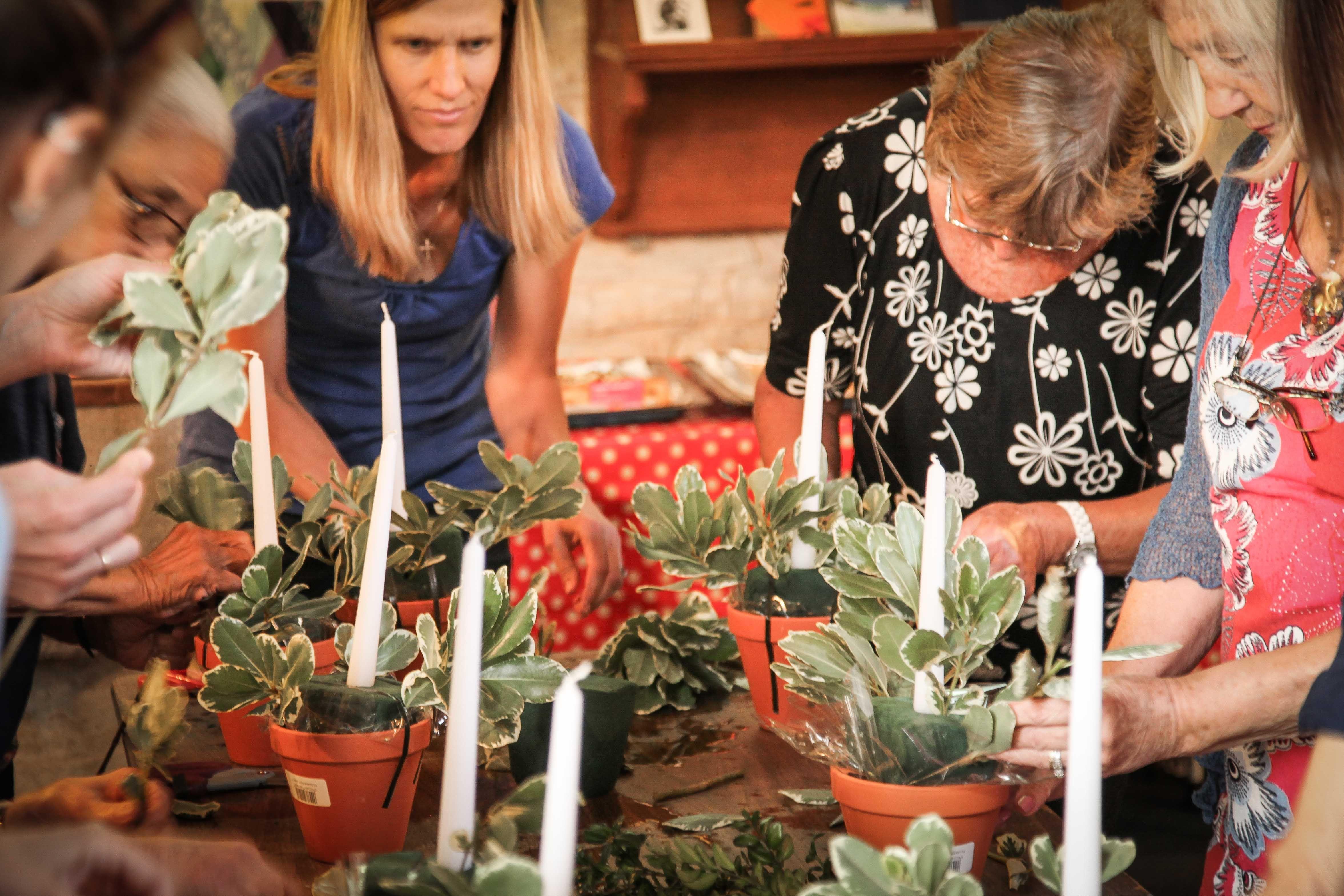 Flower Arranging workshop for Floral Friday