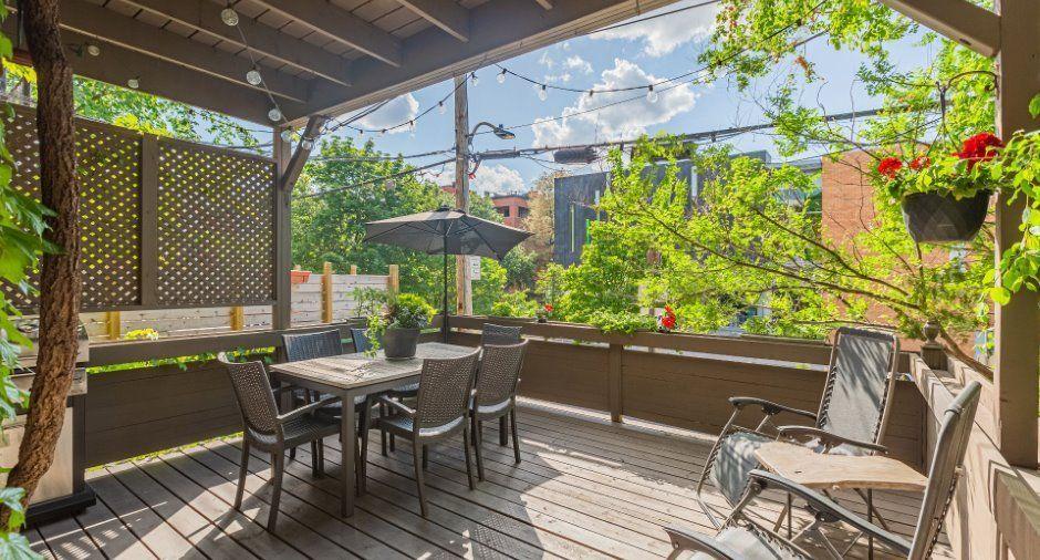 1539 Avenue Ducharme Outremont Montreal Un Condo Exceptionnel Condo Sur Deux Etages Rdc Et Sous Sol Completement Amena In 2020 Outdoor Decor Patio Outdoor