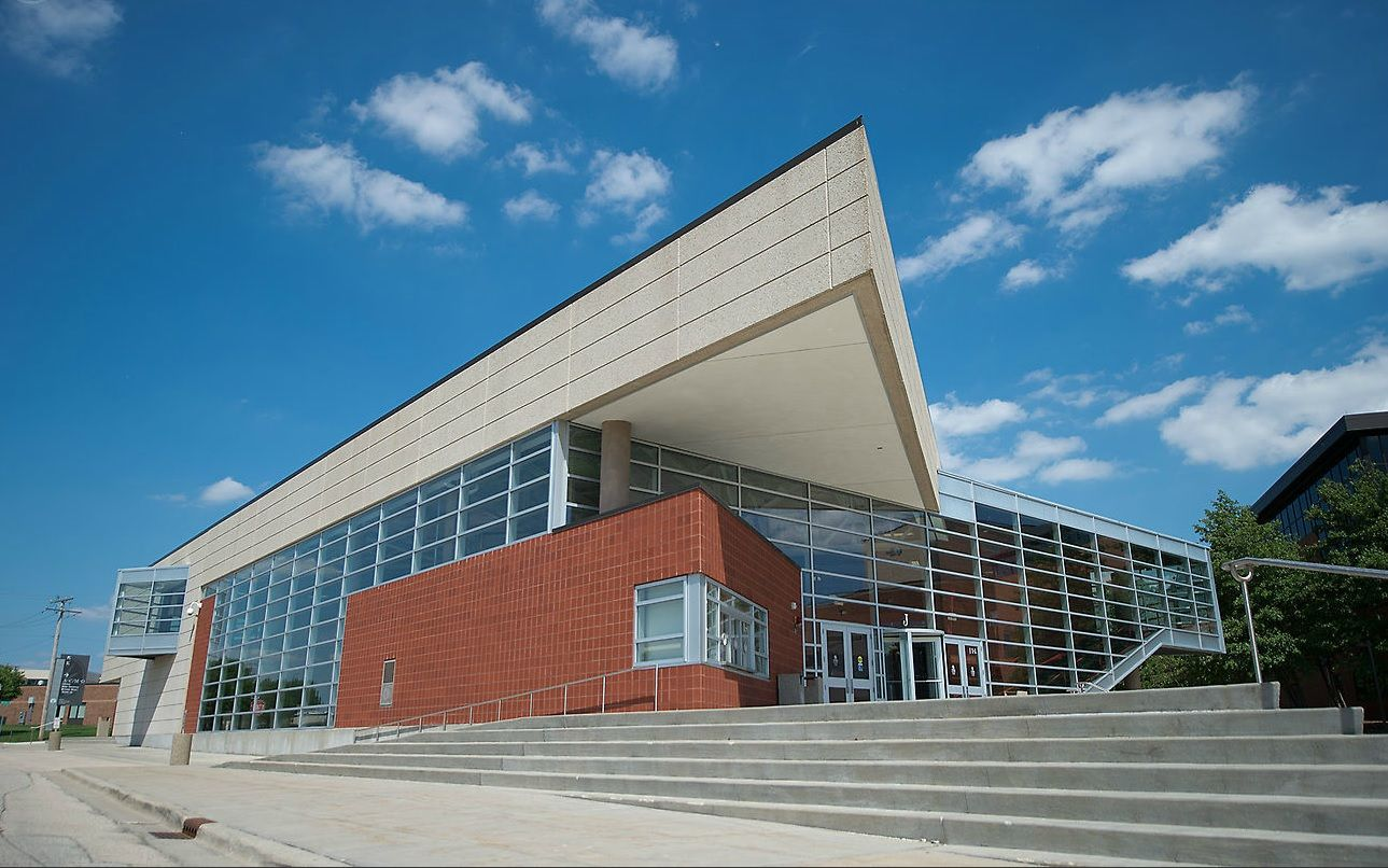 Elgin Community College S Events Center Lake In The Hills Elgin Community College Hanover Park