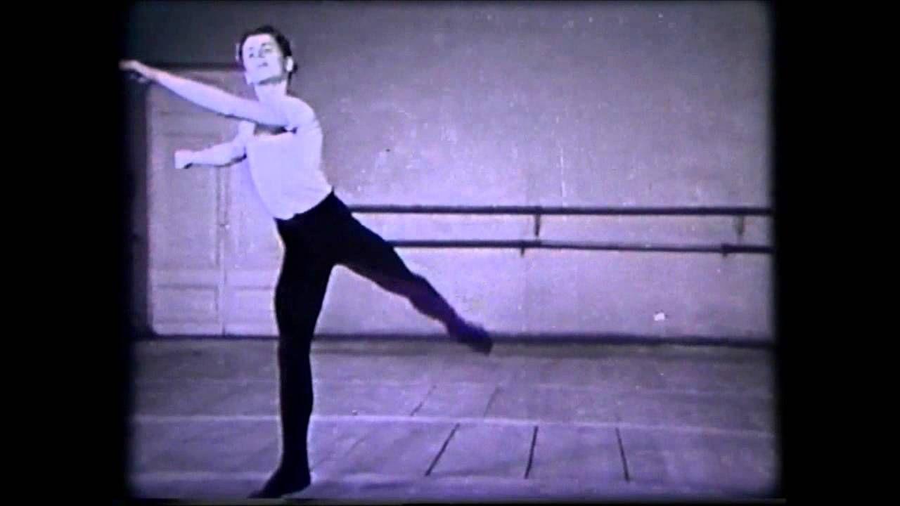 The Young Mikhail Baryshnikov & Klassieke Techniek Basis, Sprongen en Po...