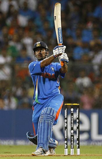 World Cup 2011 India S Pride And Glory Dhoni Wallpapers Ms Dhoni Wallpapers Cricket Wallpapers