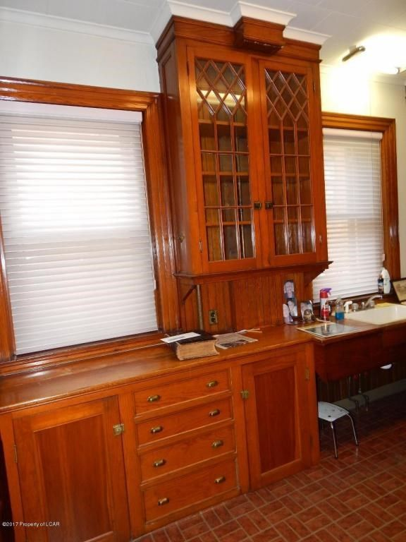 1925 Wilkes Barre Pa 395 000 Old House Dreams Old House Dreams Built In Cabinets House