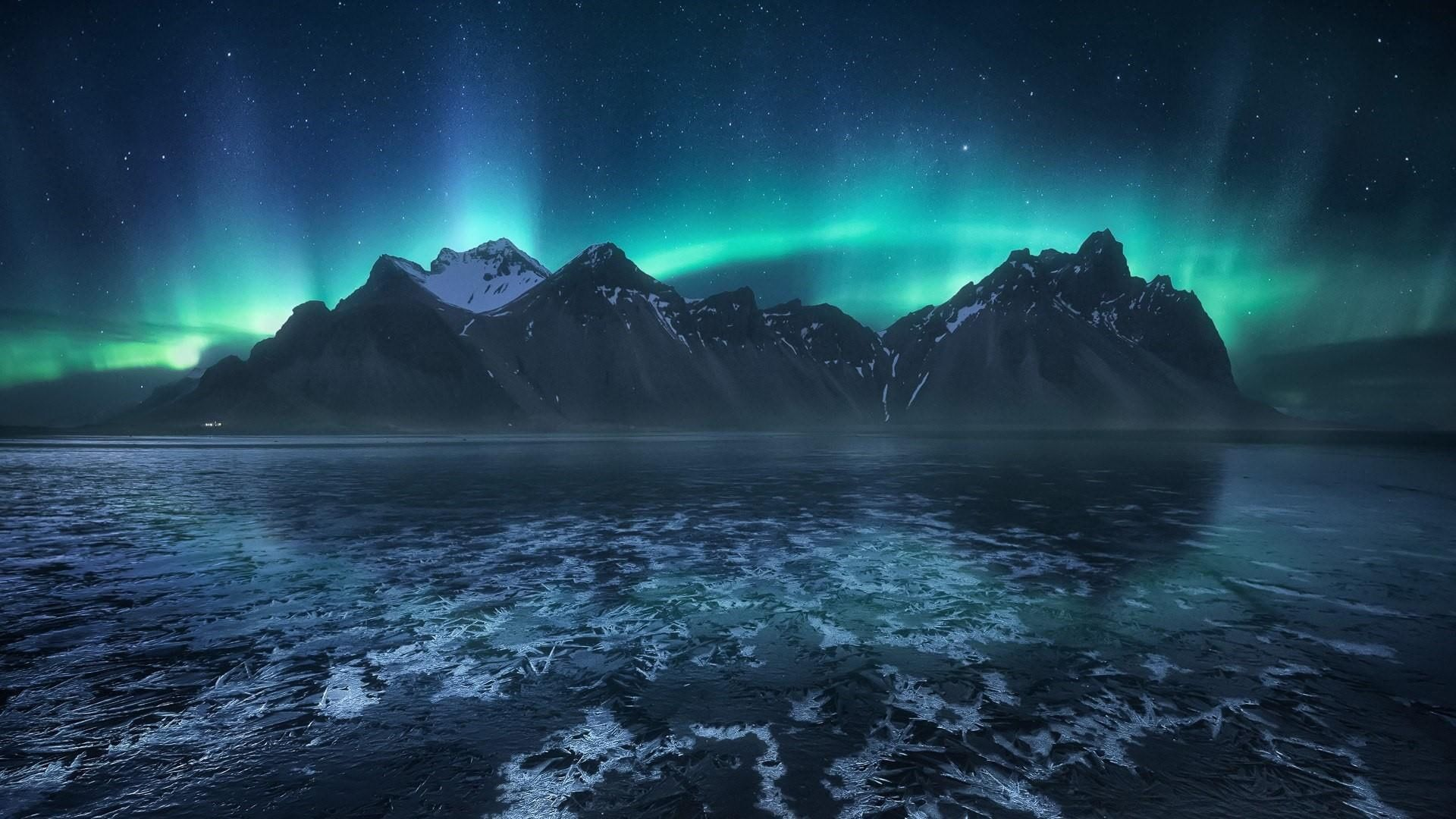 Nature Atmosphere Sky Aurora Borealis Phenomenon Arctic Iceland Water Vestrahorn Peaks Brunnhorn In 2020 Landscape Photography Northern Lights Aurora Boreal