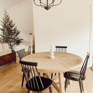 Toscana Round Extending Dining Table