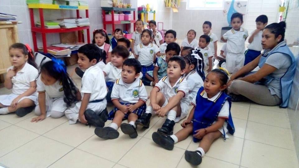 La interacción entre maestro -alumno-salón debe tener una harmonia que no desafine con aprendizajes cuadrados