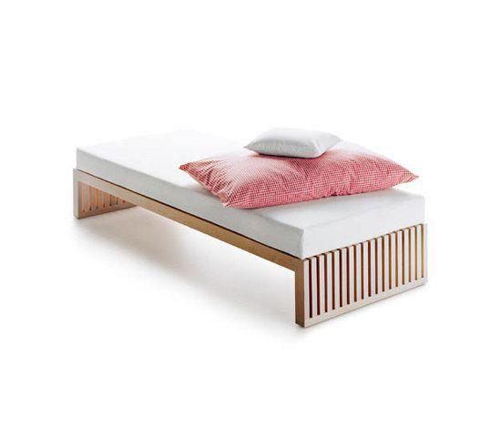 BED I de cst-furniture.com | Camas individuales | Muebles exterior ...